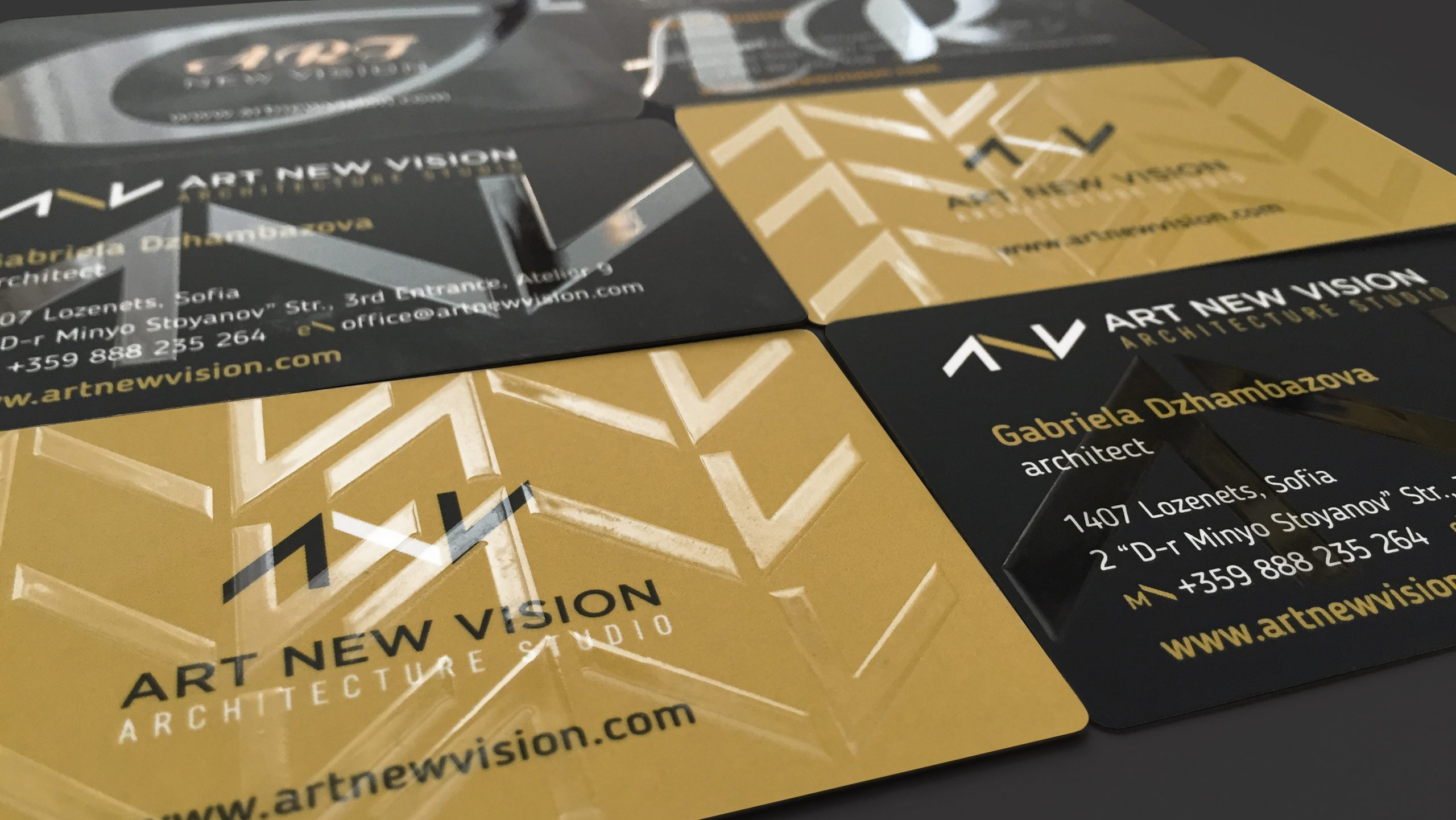 Art New Vision Business Cards with partial UV varnish